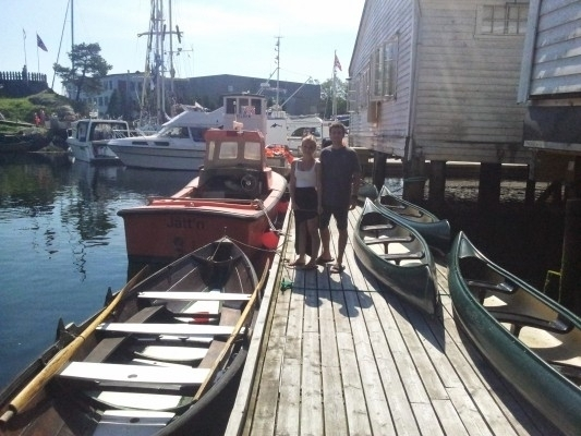 To av de frivillige som hjalp oss med utlån av færinger og kanoer!
